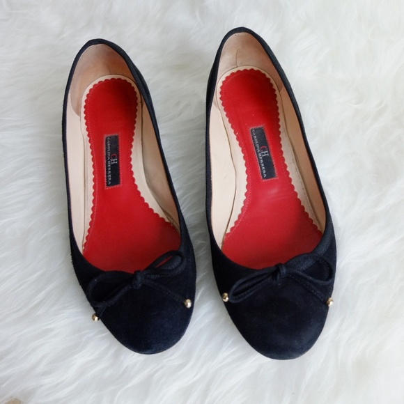 2a437bb7d89e2 Carolina Herrera Shoes | Guc Ch Black Velvet Ballet Pumps With Bow ...